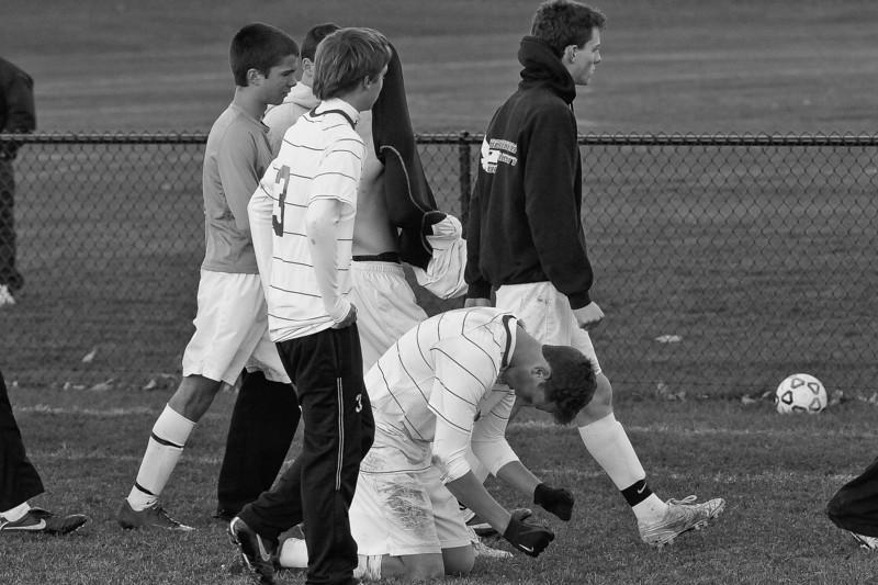 bchs boys var soc final game v shen 2010-11-01-365