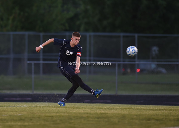 AW Boys Soccer Loudoun County vs Heritage (30 of 108)