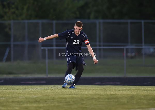 AW Boys Soccer Loudoun County vs Heritage (29 of 108)
