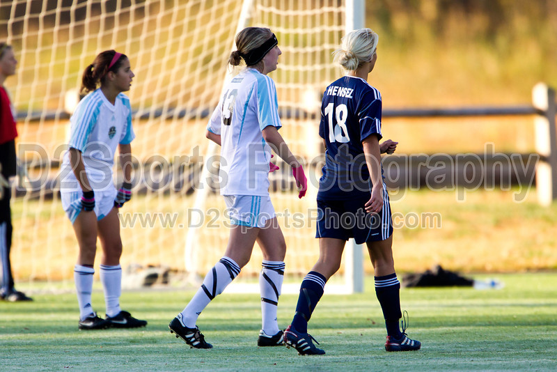 92 NCSF Elite G vs 92 MUFC Navy G<br /> USYS State Cup Group Play<br /> Saturday, October 30, 2010 at John B. Lewis Soccer Complex<br /> Asheville, NC<br /> (file 091757_BV0H3518_1D4)