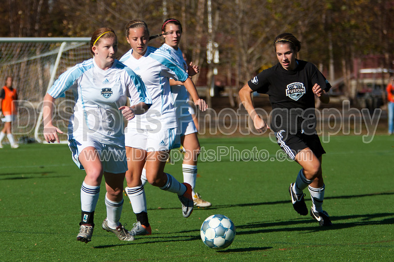 94 NCSF Elite G vs 94 NCSF Premier G<br /> USYS State Cup Group Play<br /> Saturday, October 30, 2010 at John B. Lewis Soccer Complex<br /> Asheville, NC<br /> (file 161419_803Q7896_1D3)