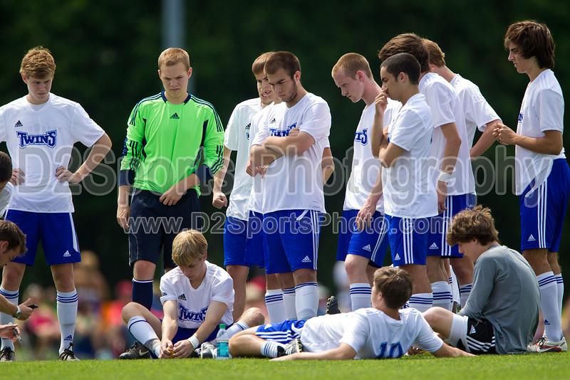 94 NMSC Red vs 94 Twins White<br /> U17 Boys Kepner Cup Semifinal<br /> Saturday, May 19, 2012 at Bryan Park Soccer Complex<br /> Greensboro, North Carolina<br /> (file 135757_BV0H4163_1D4)