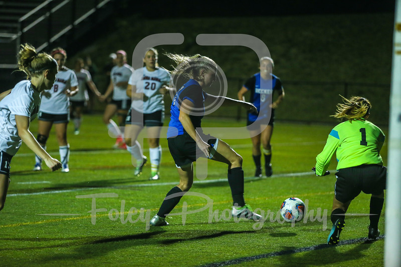 Becker College Hawks Jordan Inkley (17) Anna Maria AMCATS Gabriella Eldredge (1)