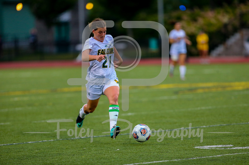Fitchburg State Falcons defender Siobhan O'Connell (21)
