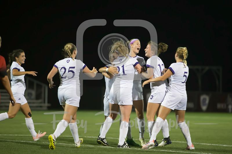 Holy Cross Crusaders Women's Soccer Team