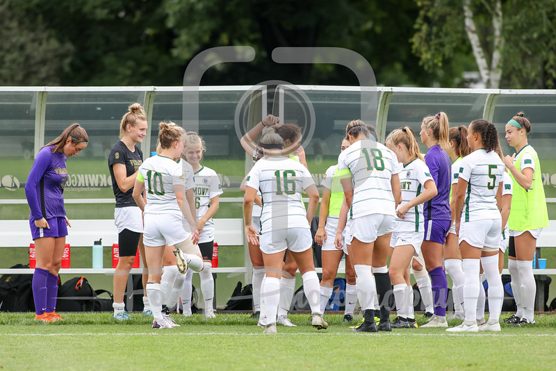 Aug. 29, 2021; Hanover, New Hampshire, USA; Vermont Catamounts during a non conference matchup between Vermont and Dartmouth. The Big Green won the game 2-1 over the Gaels at Burnham Field. Photo by Foley-Photography.