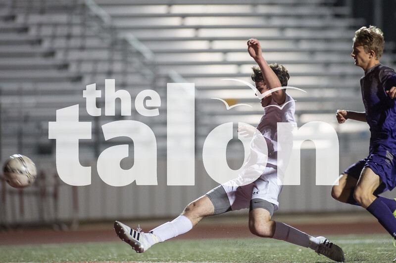 The Eagles take on Anna on Feb. 19, 2016 in Argyle, Texas. (Christopher Piel/The Talon News)