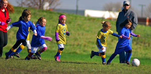 Fall 2012 - Girls Outdoor