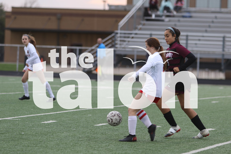 The Lady Eagles play a game against Bridgeport on 2-18-20. (Delaney Lechowit / The Talon News)