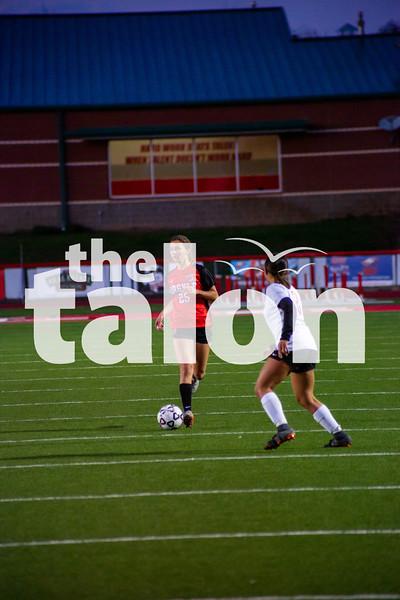The Lady Eagles defeat Gainseville at Argyle High School on 1-31-20 (Alex Daggett | The Talon News)