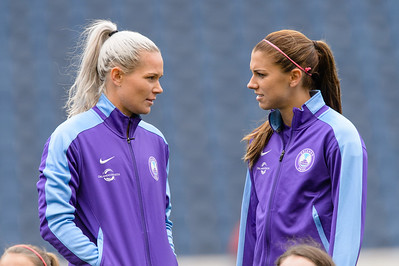 Ashlyn Harris, Alex Morgan