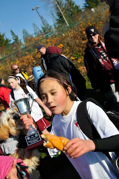 2011_GALAXYvBSC_DIR-CUP-CHAMPS_1-0_KDP8389_112011.jpg