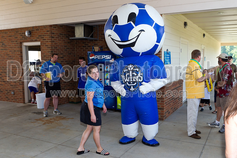 Twins Day<br /> Saturday, June 11, 2011 at BB&T Soccer Park<br /> Advance, NC<br /> (file 103044_BV0H6741_1D4)