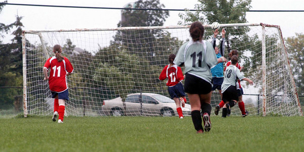 Carly nearly makes it 3-0