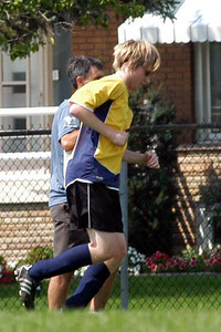 David suffers a bad ankle sprain