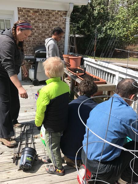 2017-04-02 GDD Planting at Stempler Group Home-3