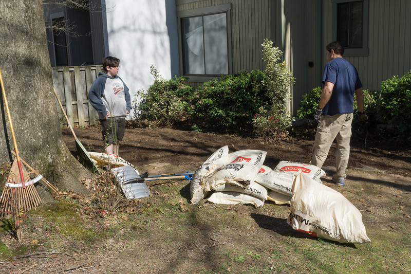 2017-04-02 GDD Raking and mulching at Pathways Group Home-02066