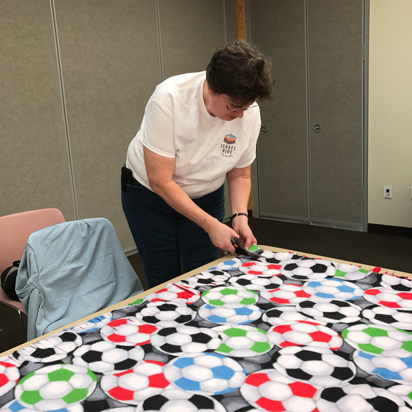 2017-04-02 GDD Making kids blankets at CBE-2