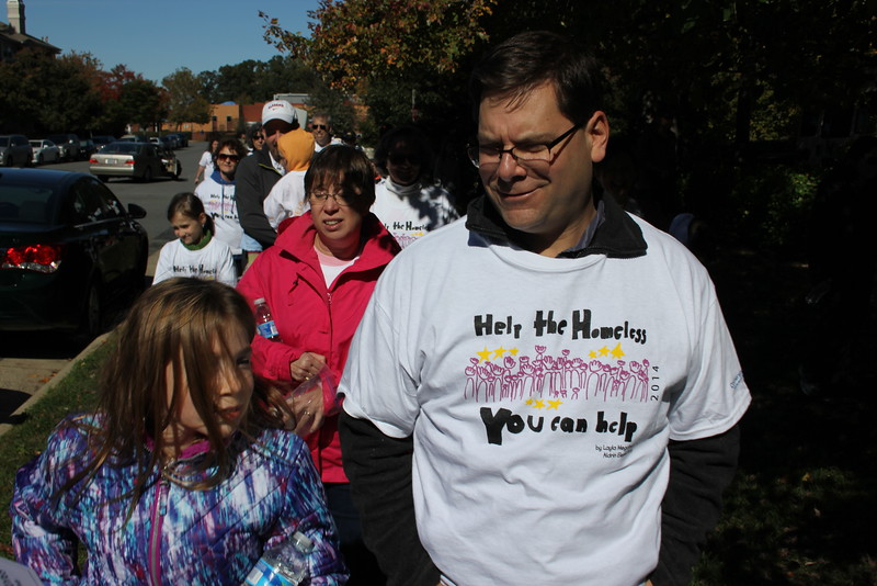 Help Homeless Community Walk-2014-10_7322