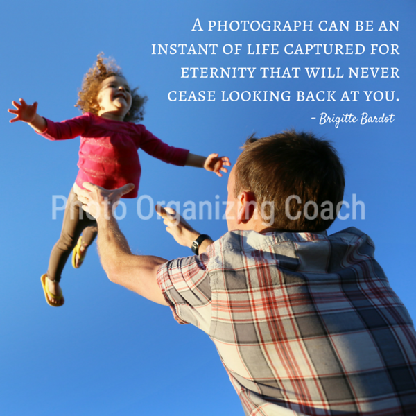 Photo is an instant of life Social Graphic Square