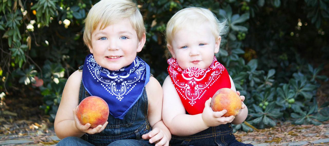 Enjoy a Peach with someone special! #EatAPeachDay