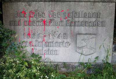 Not the only monument to WWII German military dead around here that has been defaced with red paint.