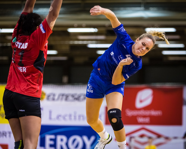 Tertnes (@tertneshandballelite) started their season this evening with a 27 - 22 win over Molde (@moldehk). Here is tonights best player Thea Stankiewicz (@theastankiewicz) in action.