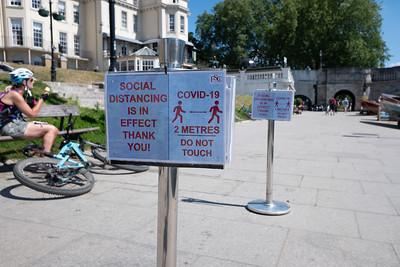 Social_distancing-24