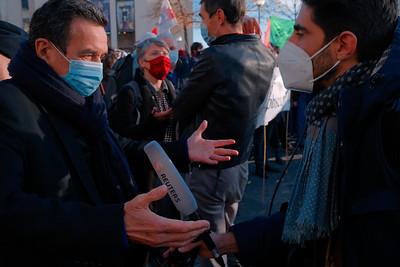 Edwy Plenel (Mediapart) Rassemblement du Trocadéro, à Paris, le 21 novembre 2020 / Stop à la PPL Sécurité globale