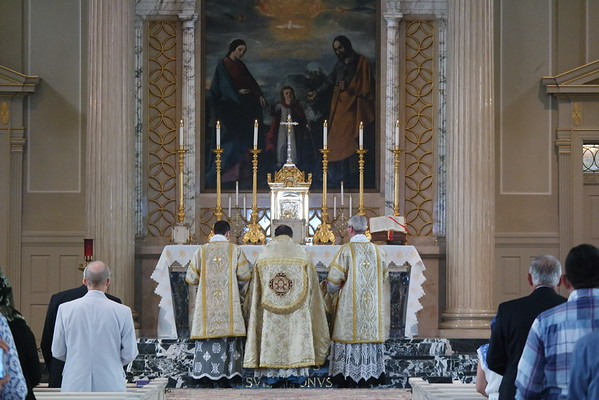 Sunday Solemn High Mass