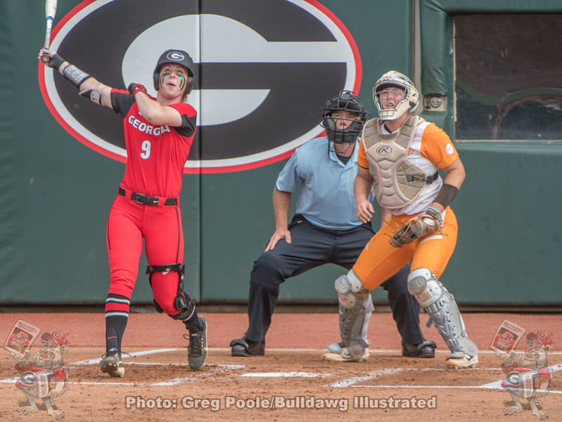 Alysen Febrey with a solo home run against Tennessee.