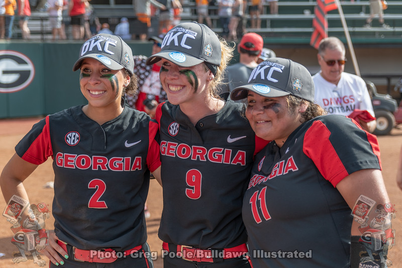 Justice Milz, Alysen Febrey and Mahlena O'Neal during the postgame celebration