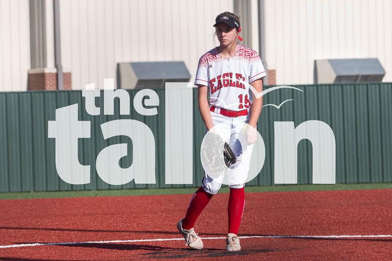 Lady Eagles face off the Gainesville Leopards on April 19, 2016. (Hudson McCabe / The Talon News)