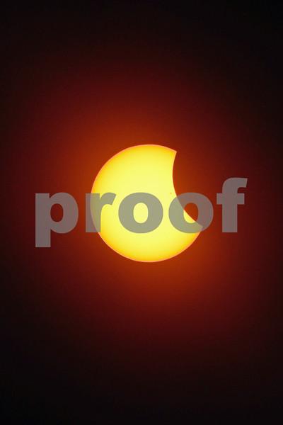 DSCN6868 Solar Eclipse  w Sunspots1-35PM 8-21-17