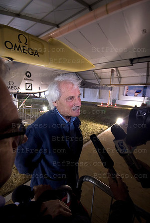 Presentation of The plane Solar Impulse at the Salon du Bourget 2011