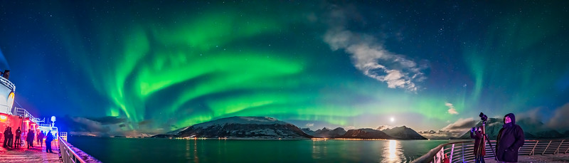 Aurora Panorama from ms Trollfjord
