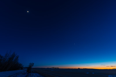 Mercury, Venus and the Waxing Quarter Moon