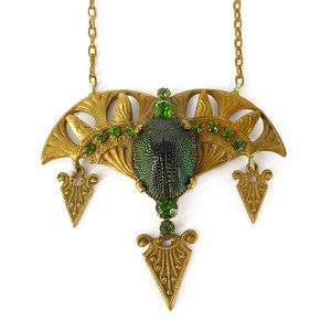 Antique Victorian Egyptian Revival Scarab Jugendstil Gold Pendant Necklace
