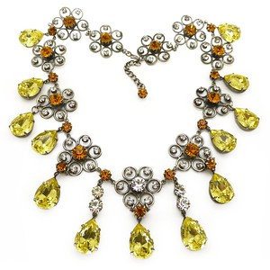 VINTAGE MID-CENTURY SILVER FLORAL AMBER & YELLOW GLASS DROP COUTURE NECKLACE