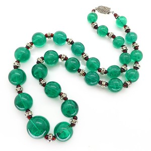 VINTAGE ART DECO FRENCH GREEN GLASS BEAD RONDELLE NECKLACE