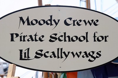 "The Moody Crewe held a ""School of the Pirate"" at various times throughout the three day festival."