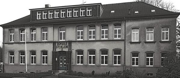 1889 als Evangelische Volksschule Stöcken gegründet, 2008 als Grundschule Stöcken geschlossen - Solingen 2007