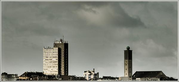 Karstadt-/Turmhotelhochhaus und Fritz-Walter-Gedächniskirche - Solingen 2008
