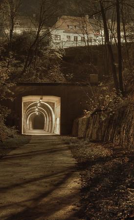 Tunnel der Korkenzieher Trasse unterquert den Schlagbaum - Solingen 2007
