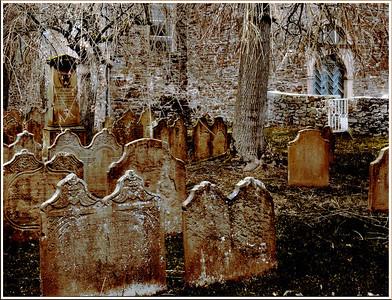 Friedhof vor der evangelischen Kirche Burg - Solingen 2007