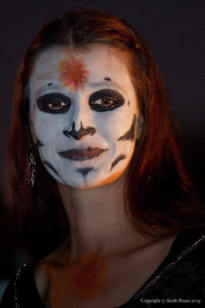 Dia De Los Muertos (Day of the Dead) - Dancing Beauty