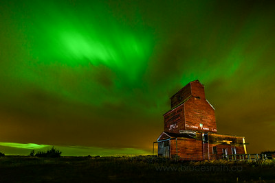 97 Aurora Borealis and Grain Elevator