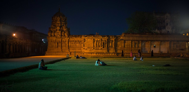 Tamil Nadu - Thanjavur - Big Temple at night