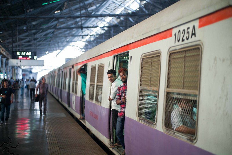 Mumbai - Victoria Station - waiting for departure