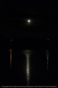015-moon-wdsm-14nov16-06x09-204-2429